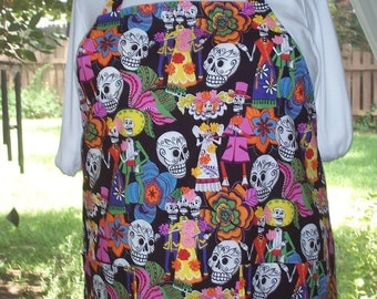 Plus Size Apron, Day of the Dead Apron, Sugar Skulls Apron, Women's Apron, Pocket Apron, Full Apron, Bib Apron, Kitchen Apron, Los Novios
