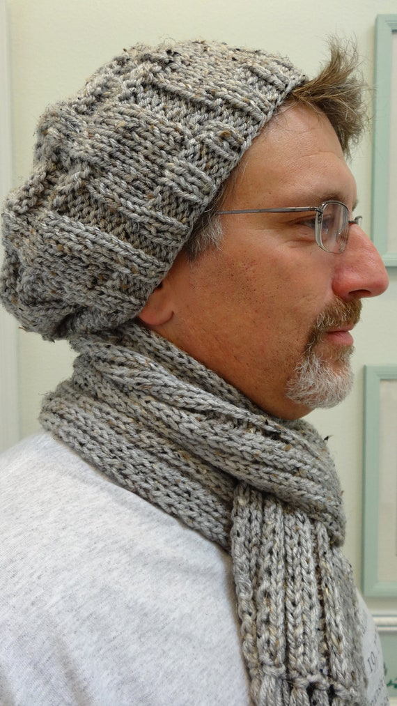 Men's,hand knitted , hat and scarf set, in a grey heather, worsted weight yarn.