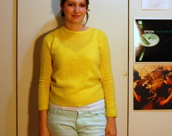 M Vintage 60s Bright Yellow Sweater