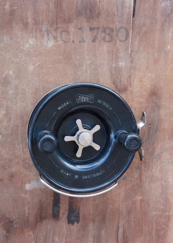Vintage 70's Charles Alvey & Sons Sidecast 520/A 52