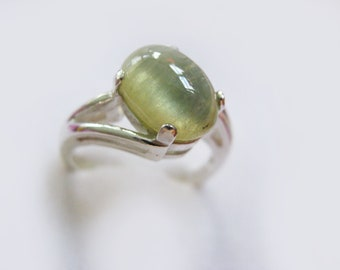 Unique Yellow Green Sapphire In Sterling Silver Ring, 4.65ct. Size 6.75