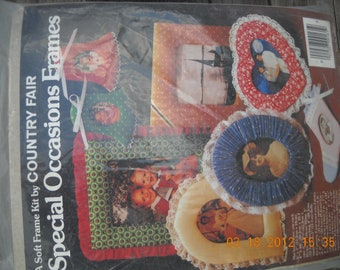 Vintage Calico fabric country Fair Picture Frame craft kit Christmas Baby etc.stitchery sewing Patchwork Fabric