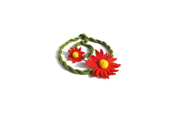 Crochet Flower Choker Necklace and Bracelet set Gerbera Design