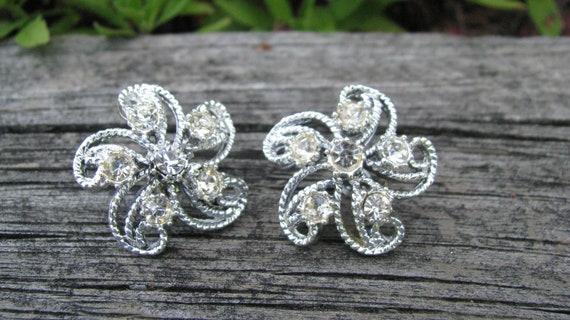 Vintage Crystal Rhinestone Silver tone Flower Earrings, Screw Back Earrings, Non Pierced Earrings