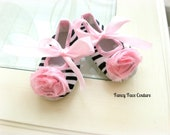 Baby Girl Soft Sole Crib Shoes Black and White Zebra Print Non Skid with Soft Ballet Pink Rosettes Newborn-Infant-Children Baby Shower Gift