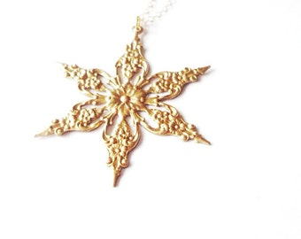 Snowflake Charm Necklace Bridal Jewelry Bride Bridesmaid Gold Nature Pendant Winter Wedding Accessories Vintage Inspired Womens Gift For Her