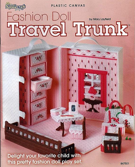 Fashion Doll Travel trunk Plastic Canvas Pattern The Needlecraft Shop 847501