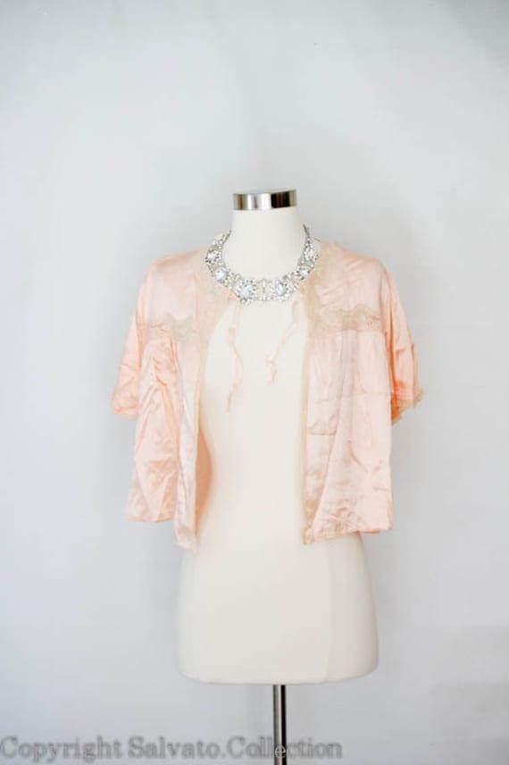 art deco lingerie victorian bed jacket pale pink boudoir. Black Bedroom Furniture Sets. Home Design Ideas