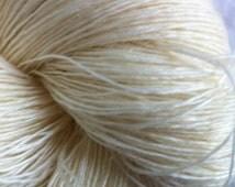 LACE SW Merino Singles Undyed Yarn, Merino Wool Ecru Undyed Yarn, Single Ply Merino Wool Lace Weight Undyed Yarn, Ecru Yan Blank