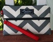 Padded Wristlet Mini Purse- Gray Chevron