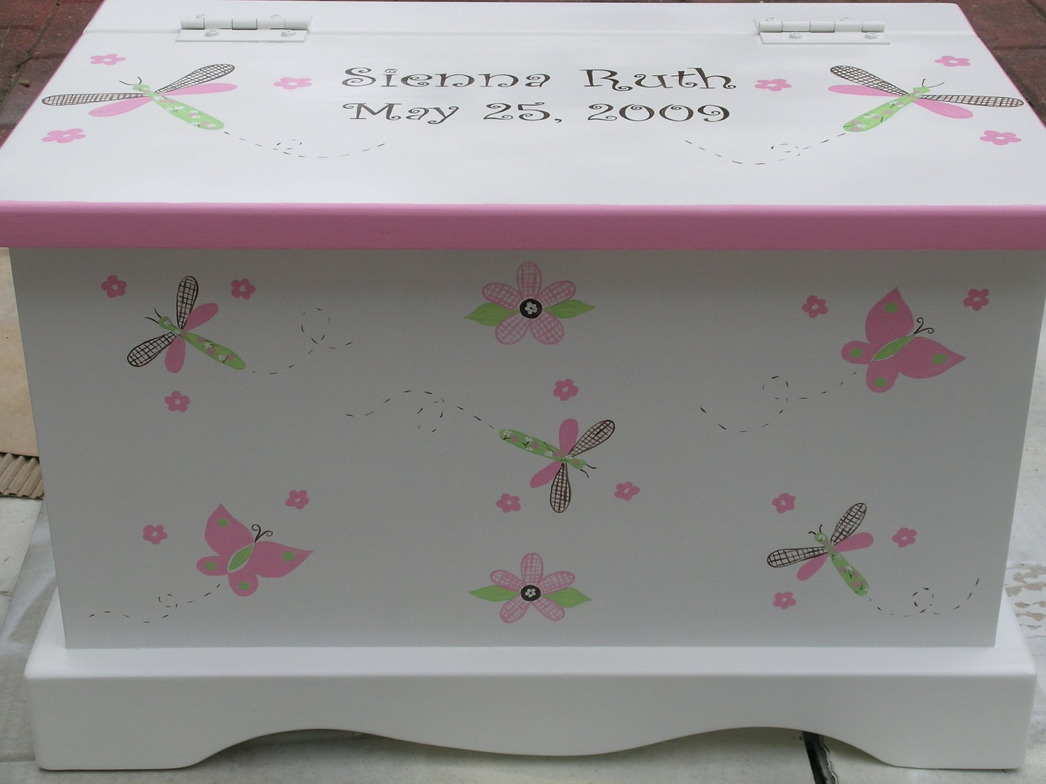 baby keepsake box chest baby memory box personalized pink. Black Bedroom Furniture Sets. Home Design Ideas