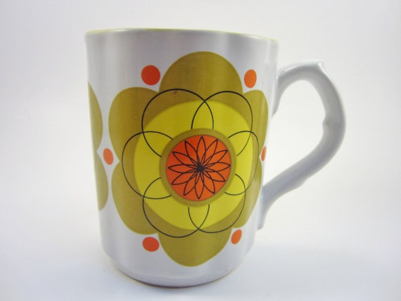 Vintage Flower Mug - Retro 1970's Cup - Yellow, Green and Orange
