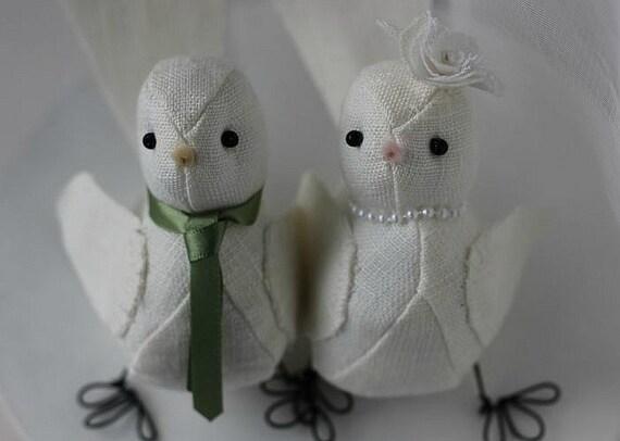 Bird wedding cake topper - Bird Cake topper  for  Spring Summer or Winter theme Custom Order
