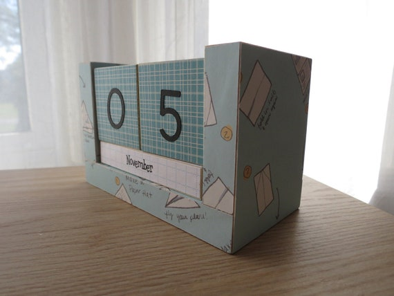 https://www.etsy.com/listing/111334969/perpetual-wooden-block-calendar-paper?ref=shop_home_active_19