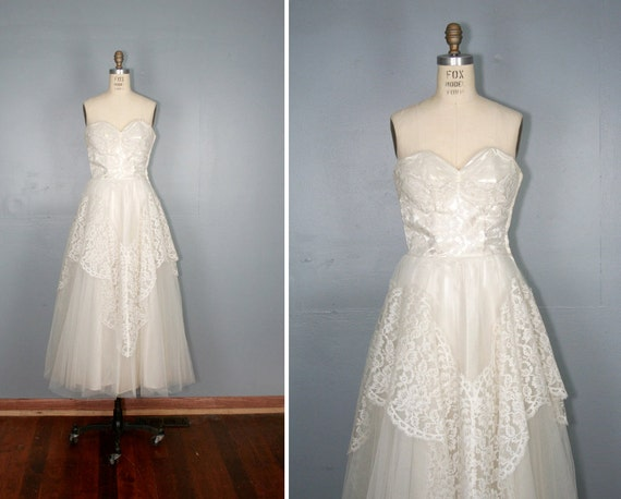 vintage . 1950s . wedding . dress . JULIETTE . strapless . white . lace . gown