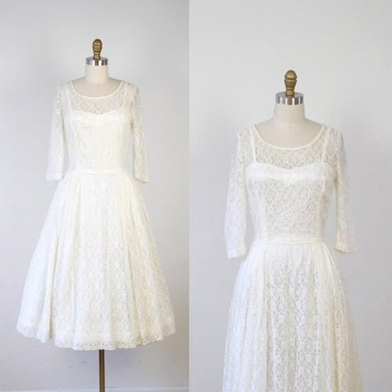 Full Skirt Wedding Gowns: 1950s Full Skirt Wedding Dress White Lace Illusion By