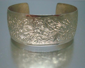 Goldtone Cuff Bracelet Embossed Design Vintage