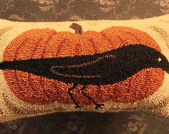 Primitive Needle Punch PATTERN Crow And Pumpkin