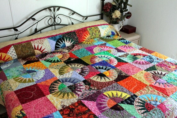 Queen Bed Quilt NEW YORK BEAUTY Scrappy Traditional Bright Modern Bedding
