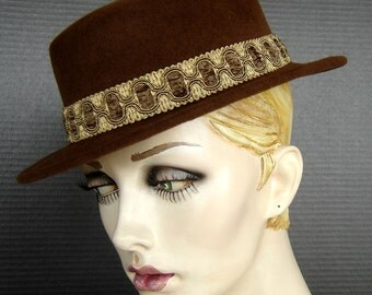 Parisian Boater Style Hat In Golden Caramel Velour On Sale