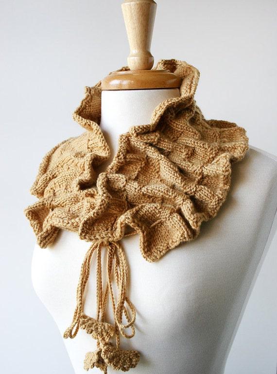 SAMPLE SALE - Women Accessories - Luxurious Merino Wool and Cashmere Knit Scarflette - Camel Beige