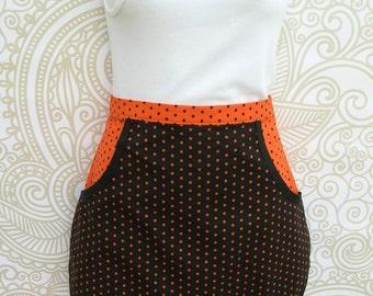 Half Apron Halloween Black and Orange Dotty Clothespin Apron