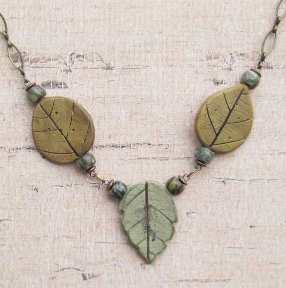 Three Leaves Polymer Pendant Necklace