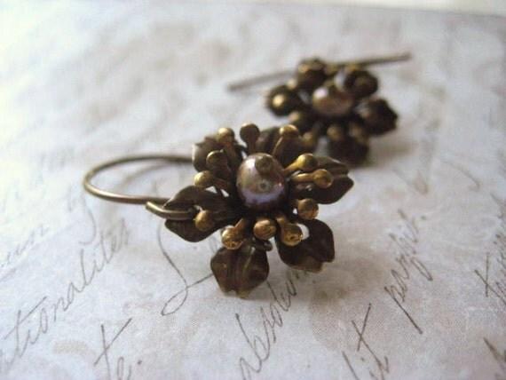 brass flower earrings bronze pearl center vintage flower dangles womens jewlery