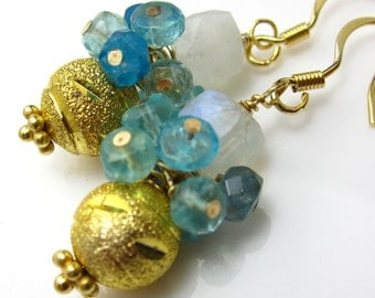 Golden Dewdrops Earrings