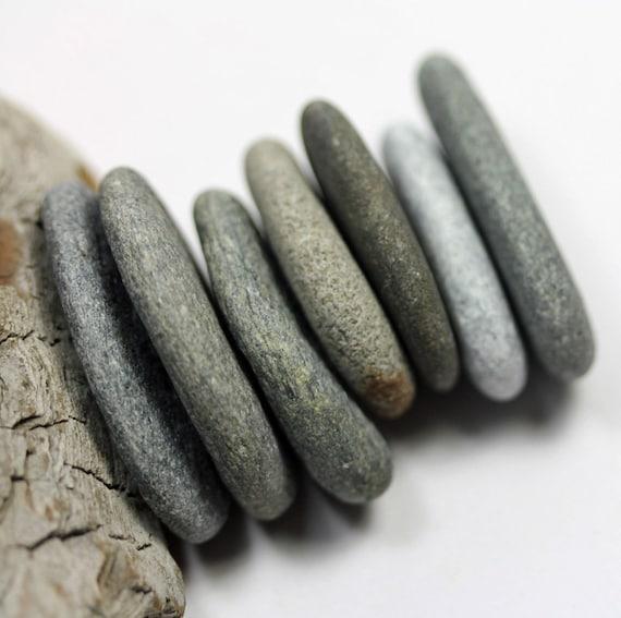 Alaska River Stones, 7 pcs DRILLED