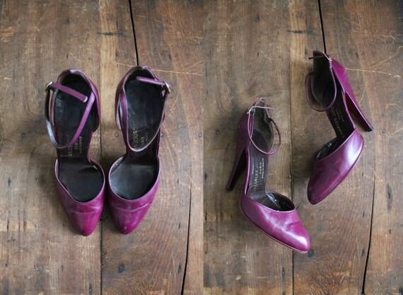 size 5.5 / 1970s vintage Charles Jourdan eggplant purple heels