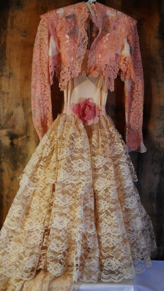 RESERVED for Chanda balance for Cream lace dress wedding tulle  by vintage opulence on Etsy