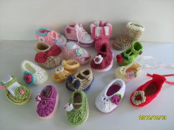 دست قلاب باف دختر نوزاد کفش طرح های مختلف، اندازه از نوزاد - 9 ماه