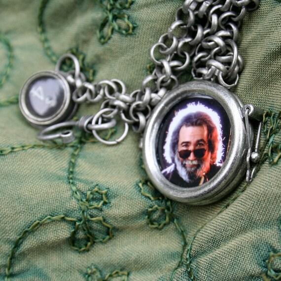 Jerry Garcia reversible locket