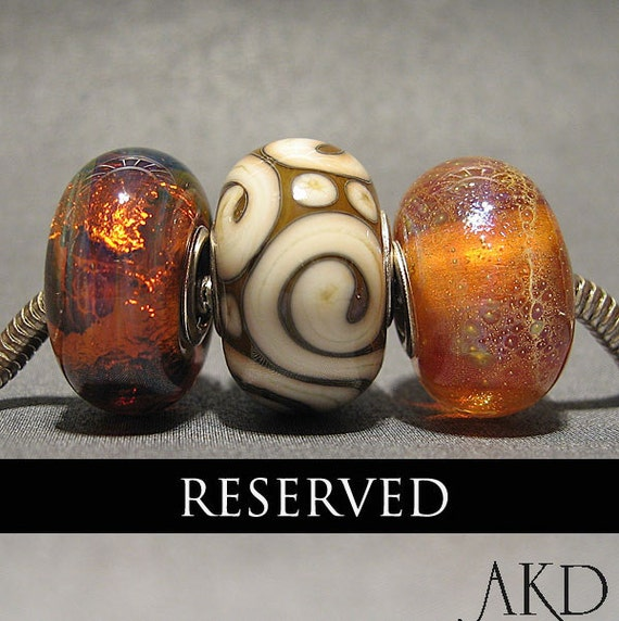 RESERVED for Marjamens Center Scroll Bead Only