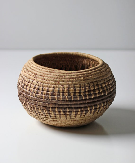 African Woven Baskets: Vintage Round African Woven Basket