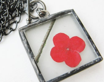 red flower necklace - pressed flower - toggle necklace - real flower necklace - flower pendant - statement necklace