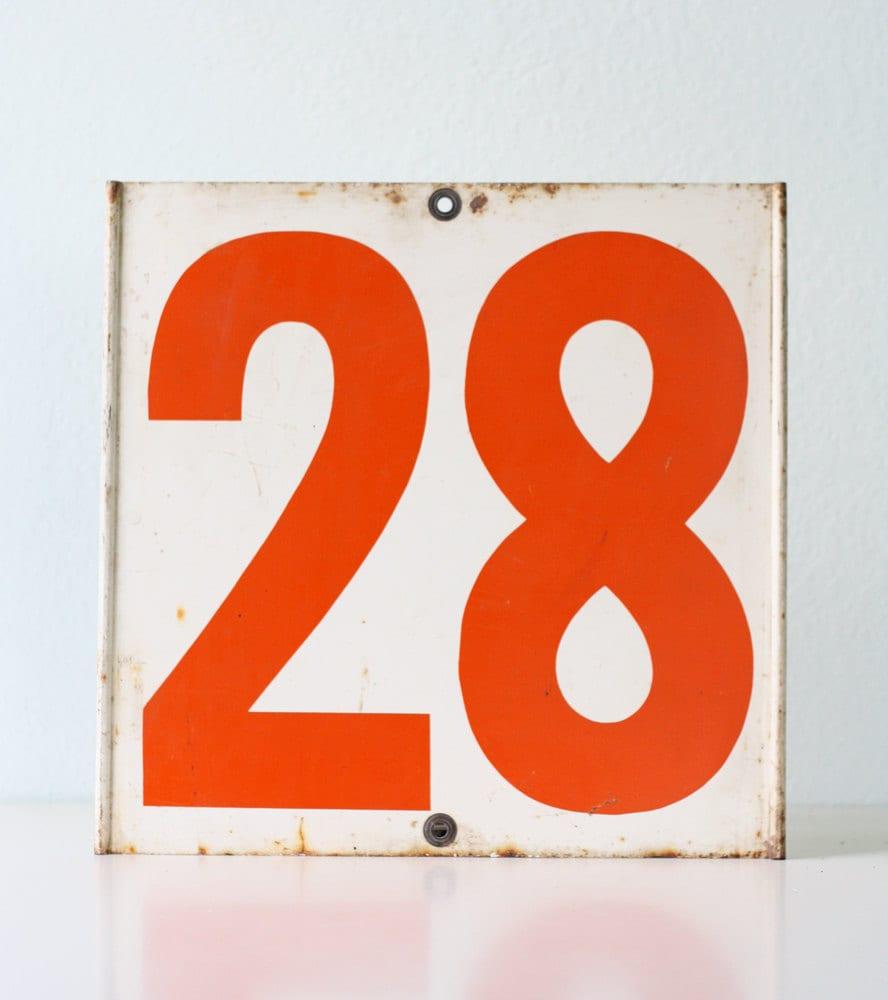 Vintage Number Sign 28 / 40