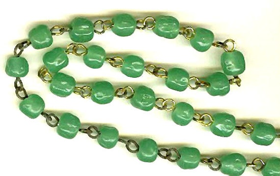 vintage rosary beads chain, grass green glass