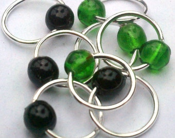 Green witch snag-free lace stitch markers