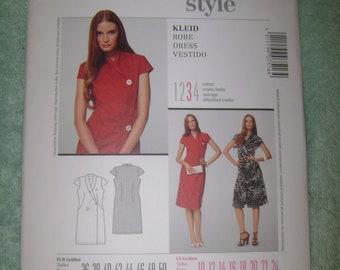 Burda Misses Dress Sz 10-24    7516   Uncut