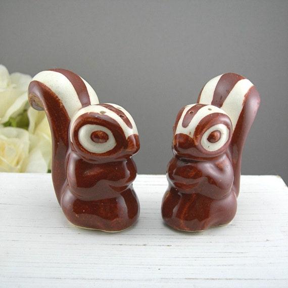 Skunk Salt And Pepper Shakers Vintage Ceramic Figural Animal