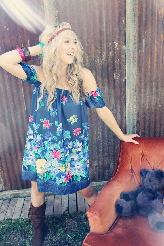 Poor Pitiful Pearl Blue Floral Oxy Dress