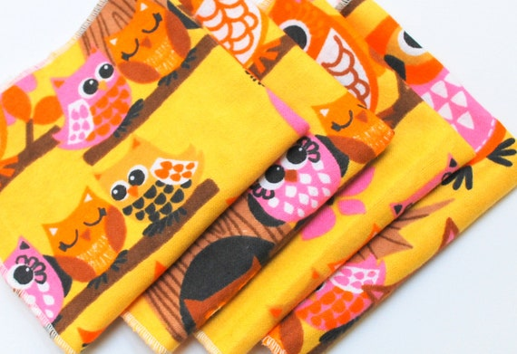 FREE OFFER Child Reusable Cloth Napkins / Wipes - Set of 4- Tree Owls