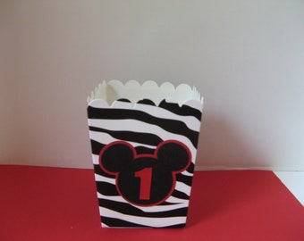Minnie Mouse favor boxes 1 dozen in this listing