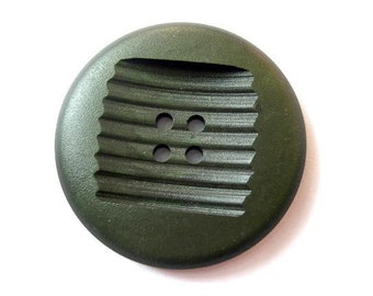 6 Vintage buttons dark green 44mm,  6mm thick  xl