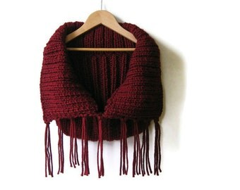 Burgundy, Cowl, Chunky Cowl, Neck Warmer, Wool Cowl, Winter Scarf, Cowl Scarf, Fringes Scarf, Knit Cowl Scarf, Hand Knitted Cowl