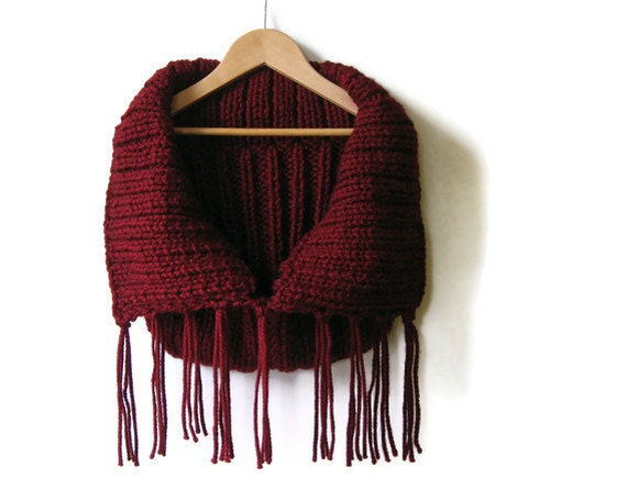 Cowl with Fringes, Burgundy Cowl, Chunky Cowl, Neck Warmer, Wool Cowl, Winter Scarf, Cowl Scarf, Fringes Scarf, Knit Cowl Scarf