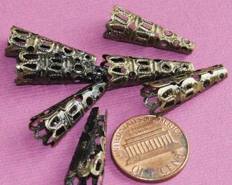 25 pcs of antique brass filigree cone 22x8mm