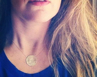 One Big Hammered Gold Necklace - Simag